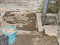 Scheune, Bruchstein - Fundament teil-freigelegt, 03.07.2011. - panoramio.jpg