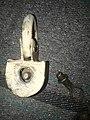 Screw key padlock.jpg