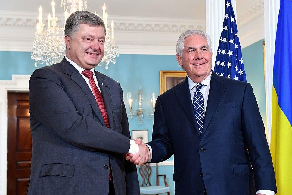 Secretary Tillerson and Ukrainian President Poroshenko Shake Hands Before Their Meeting in Washington (34621629283)
