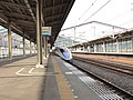 Shin-Iwakuni Station 1-2 3-platform 20110730.jpg
