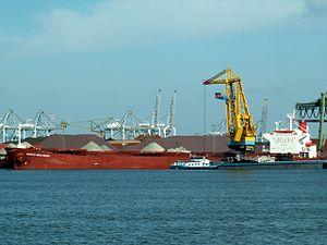Shinyo Brilliance - IMO 9268992 - Callsign 9HFM9 , Mississippi harbour, Port of Rotterdam, Holland 12-Mar-2006.jpg