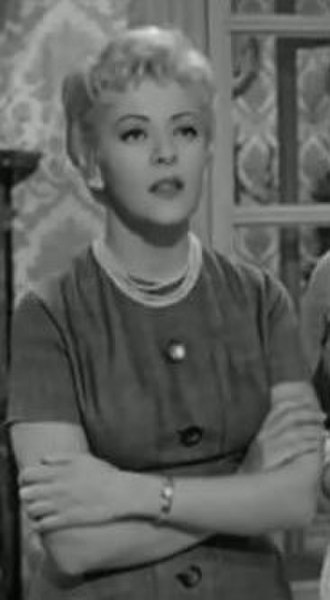 Silvia Pinal - Pinal in the 1959 Italian film Men and Noblemen