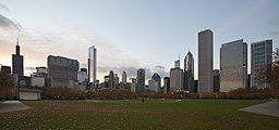 Skyline de Chicago desde el centro, Illinois, Estados Unidos, 2012-10-20, DD 05.jpg