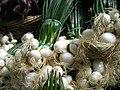 Spring onions (4701371448).jpg
