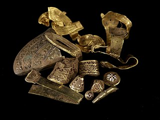 Hoard of Anglo-Saxon gold and silver metalwork discovered in 2009