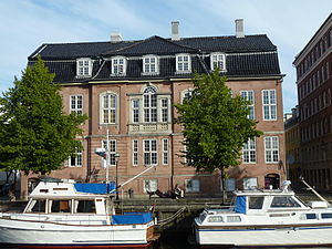 Stanley House, Copenhagen - The building seen from across the canal