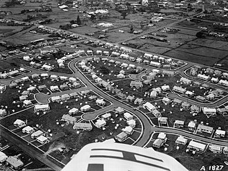 Oranga - State houses in the 'Harp of Erin' estate in Oranga, seen in 1947. Note the typical suburban cul-de-sac layout.