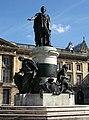 Statue Louis XV 210608 3.jpg