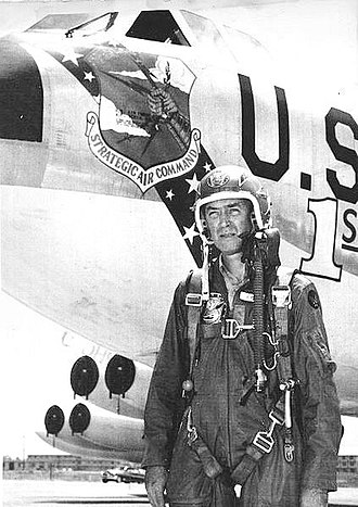 Strategic Air Command (film) - Stewart seen later in his Air Force career, when piloting B-52s.