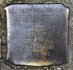 Photo of Gertrud Grell brass plaque