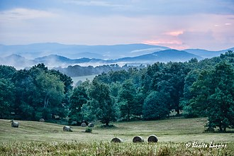 Alleghany County, North Carolina - Image: Summer Evening on Spry Road in Piney Creek