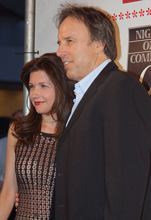 Susan Yeagley - Yeagley with husband Kevin Nealon in 2011