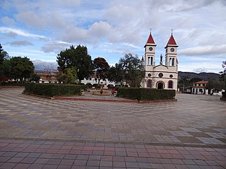 Sutamarchán - Central square and church of Sutamarchán