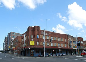 Broadway, Sydney - Image: Sutherlands Hotel, Chippendale