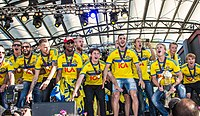 Sweden national under-21 football team celebrates in June 2015-4.jpg