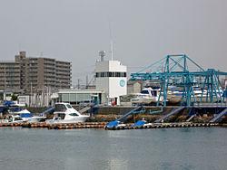Takaishimarina.JPG