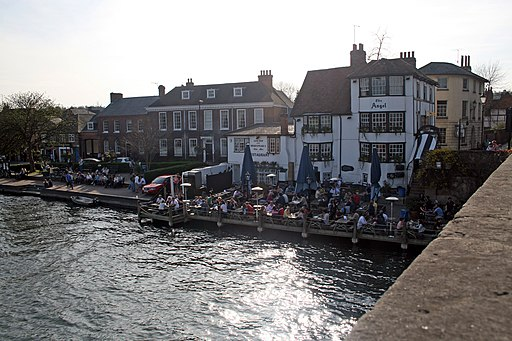 The Angel, The Rectory and The Coach House from Henley Bridge (geograph 4210797)