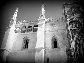 The Principal facade of Santa María la Real Church - black and white photo - Aranda de Duero - Spain.jpeg
