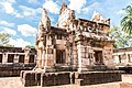 The small castle of Prasat Sadok Kok Thom in Thailand.jpg