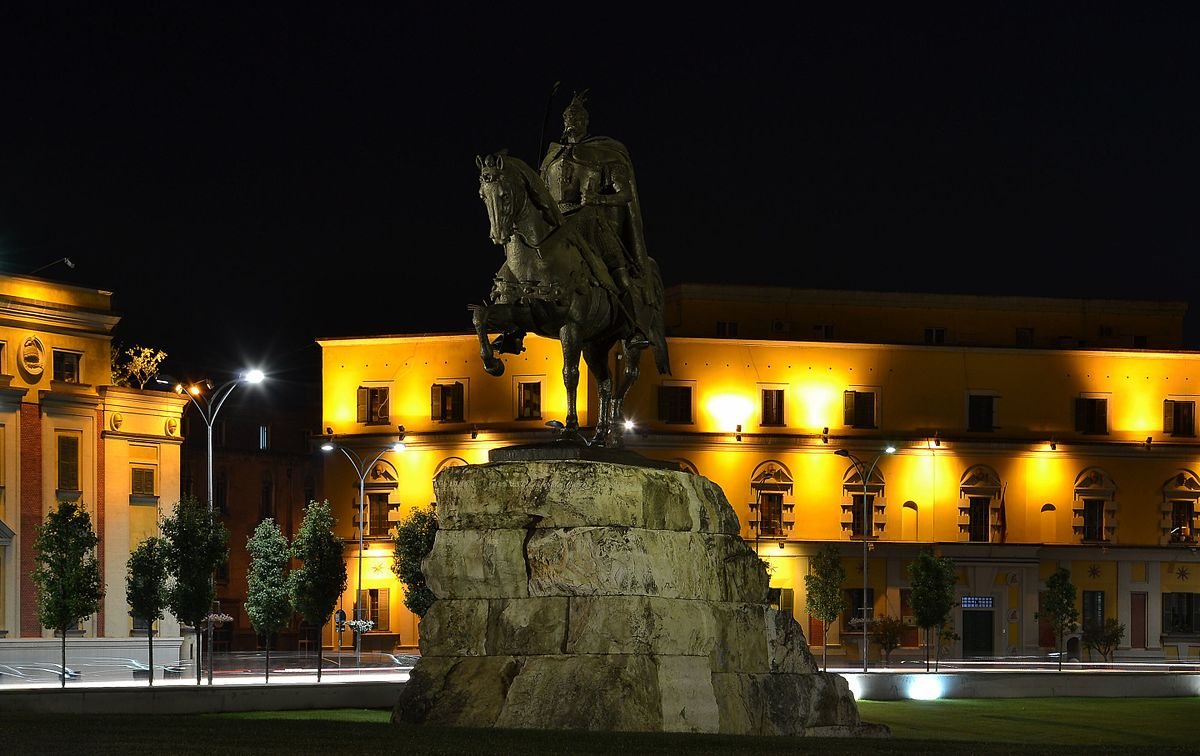 F B B F Dbba F moreover Ft Hand Carved Wood Statue Of The Sacred Heart Of Jesus Watermark further Px Tirana Skanderbeg Monument By Night in addition Tricolor D F F Beb Ae Ac C likewise Img. on mosaic heart