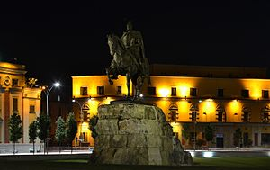Skanderbeg Monument - Image: Tirana Skanderbeg monument by night