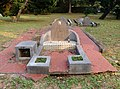 Tombs of military personnel Hsinchu 01.jpg