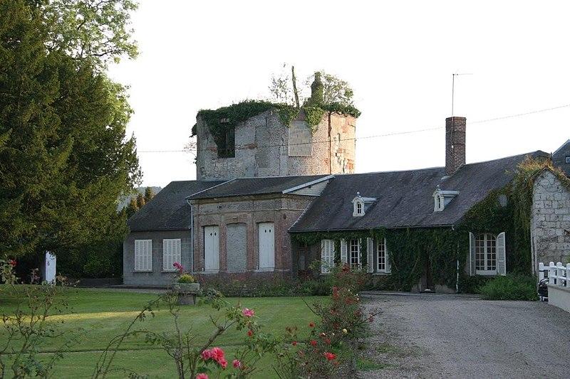 File:Tour du chateau de Gamaches.jpg