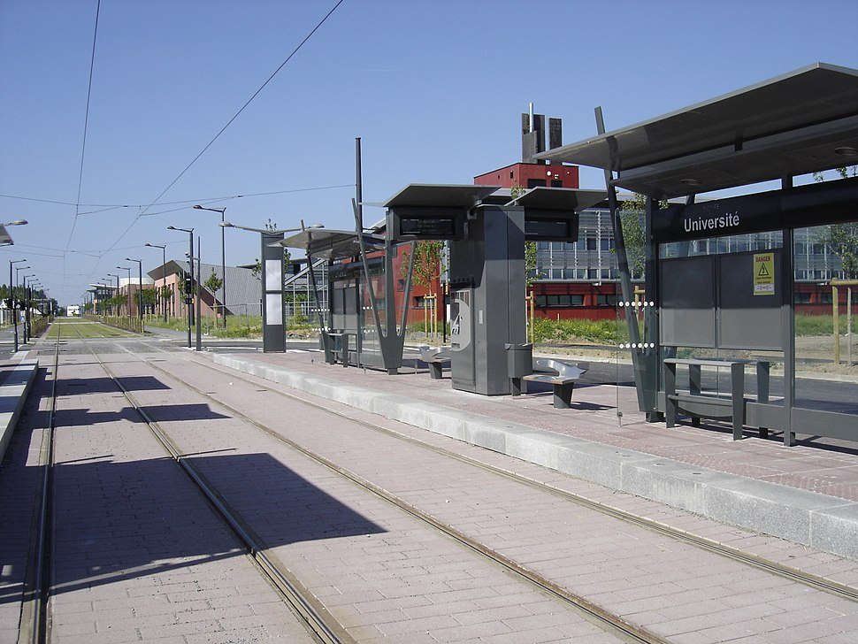 Tramway valenciennes station