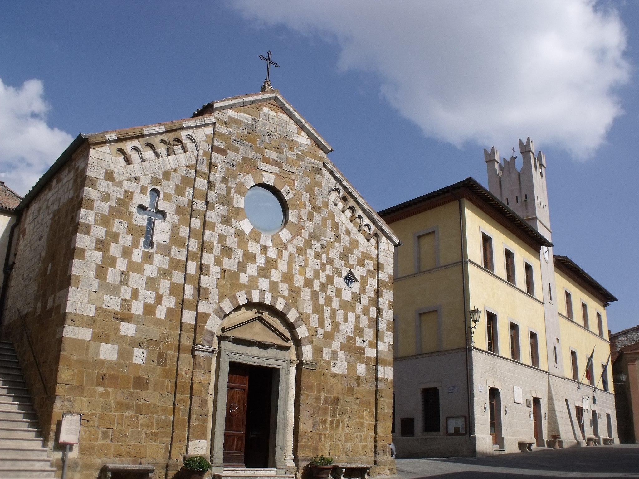 Church Chiesa dei Santi Pietro e Andrea and the Town Hall in Trequanda
