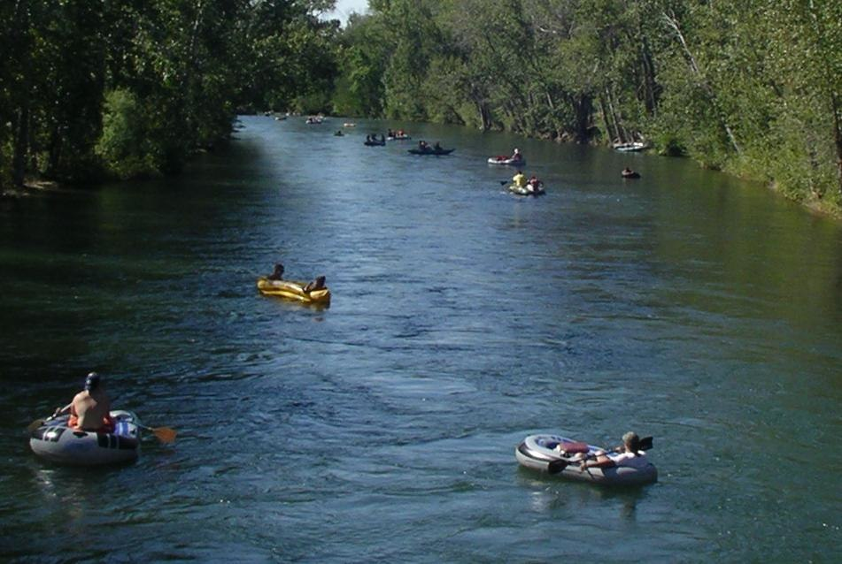 Tubers Float the Boise River