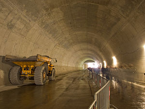 Articulated hauler - A Volvo A25 4x4 at a road tunnel project in the Czech Republic