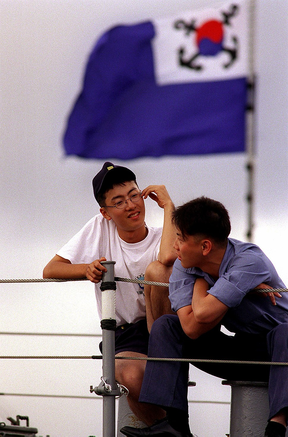 Two Republic of Korea Navy sailors find the time to relax RIMPAC 980708-N-2619S-002