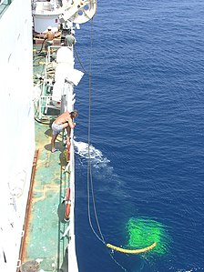 Tyco ROV recovery on the Cable Ship Niwa - May 2005.jpg