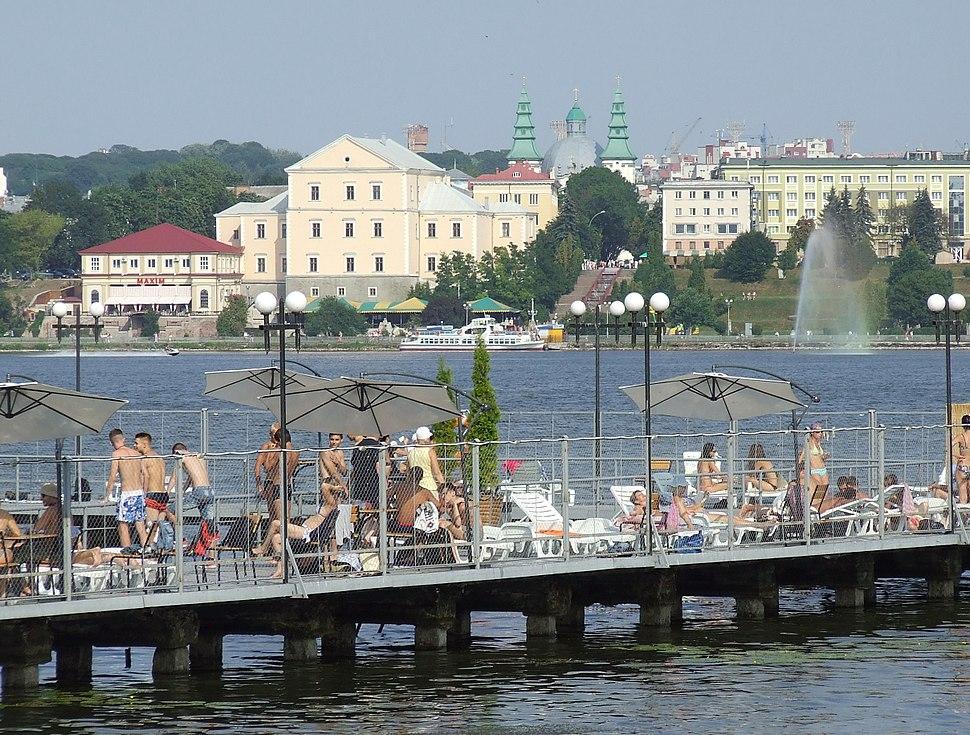 UA-TE Ternopil lake Riviera beach 09 Buran 05-08-12