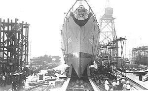 USS Scribner (APD-122) launching.jpg