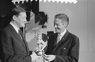 Bert Haanstra - Haanstra receives his Academy Award for Glass from Ambassador Philip Young in 1959