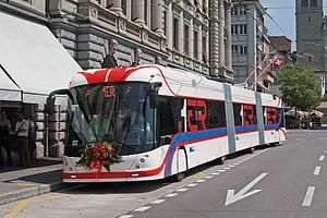 Trolleybuses in Lucerne - Image: VBL 234 Luzernerhof Einweihung