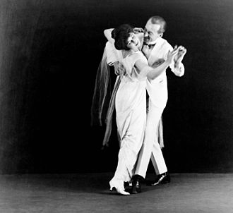 Ballroom dance - Vernon and Irene Castle, early ballroom dance pioneers, c. 1910–18