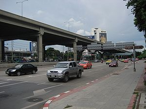 Vibhavadi Rangsit Road - Vibhavadi Rangsit Road and Don Mueang Tollway