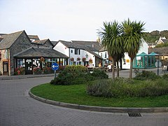 Village Green - geograph.org.uk - 963301.jpg