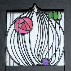 Vitrail du hall dentrée (House for an art lover, Glasgow) (3809393032)