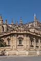 Vue inusitée Giralda arrière cathédrale Seville Spain.jpg