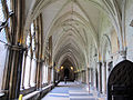 Westminster abbey, chiostro 04.JPG