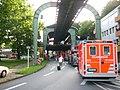 Wuppertaler Schwebebahn Unfall 20080805 0007.jpg