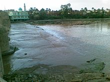 Xanaqin, alwan bridge and a bank of the river.jpg
