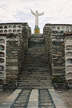 Yungay Cemetery.jpg