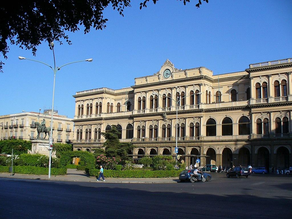 Gare centrale de Palerme si vous choisissez le train - photo de Leandro Neumann Ciuffo