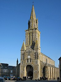 Église Notre-Dame de l'Assomption de Mantilly.jpg