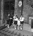 Úttörők a misleadingIII.sz. Általános Iskolánál, 1966. Fortepan 25487.jpg