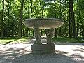 Пушкин, Екатерининский парк. Ваза у Эрмитажа02.jpg